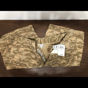 LUCKY BRAND CARGO SHORTS-NWT-SIZE 32